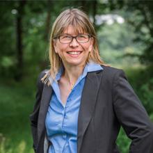 Dr. Sabine Bald